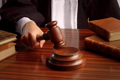 Irrecevabilité de l'action en contrefaçon des droits d'auteur par les membres adhérents de la SACEM